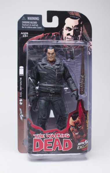 Negan_inpackaging-650x1024